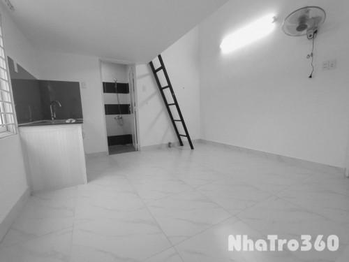 Cho thuê phòng có gác cực rộng 32m2, có máy lạnh gần ĐH CN Thực Phẩm
